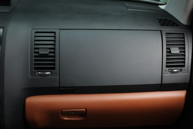 2011 Toyota Tundra PLATINUM CrewMax 4x4 - NAV - SUNROOF! Mooresville , NC 7