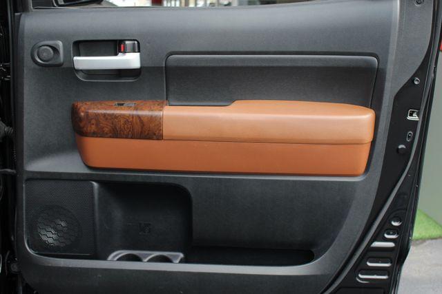 2011 Toyota Tundra PLATINUM CrewMax 4x4 - NAV - SUNROOF! Mooresville , NC 46