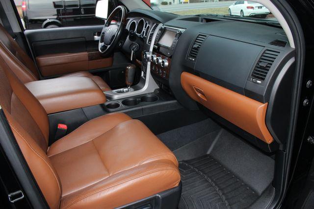 2011 Toyota Tundra PLATINUM CrewMax 4x4 - NAV - SUNROOF! Mooresville , NC 34