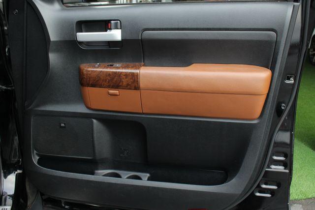 2011 Toyota Tundra PLATINUM CrewMax 4x4 - NAV - SUNROOF! Mooresville , NC 44