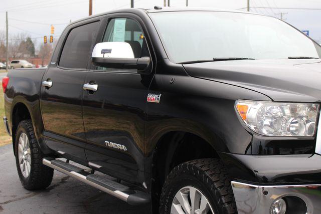 2011 Toyota Tundra PLATINUM CrewMax 4x4 - NAV - SUNROOF! Mooresville , NC 25