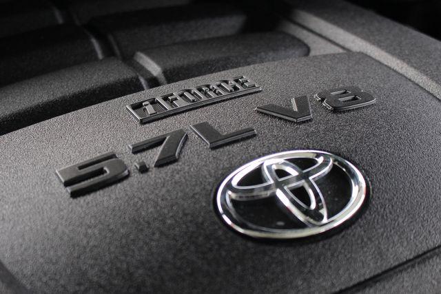 2011 Toyota Tundra PLATINUM CrewMax 4x4 - NAV - SUNROOF! Mooresville , NC 48