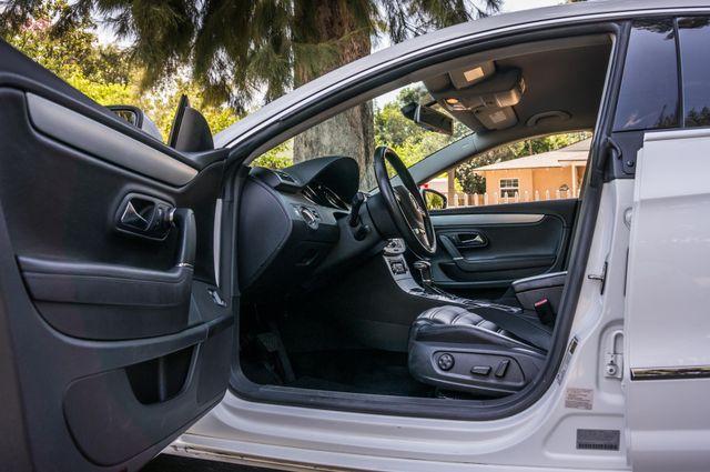 2011 Volkswagen CC Lux - 110K MILES - NAVI - LEATHER Reseda, CA 31