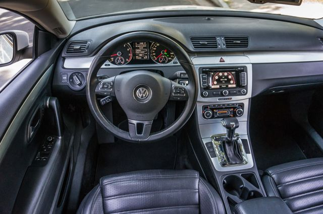 2011 Volkswagen CC Lux - 110K MILES - NAVI - LEATHER Reseda, CA 17