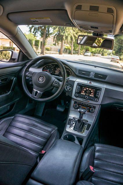2011 Volkswagen CC Lux - 110K MILES - NAVI - LEATHER Reseda, CA 32