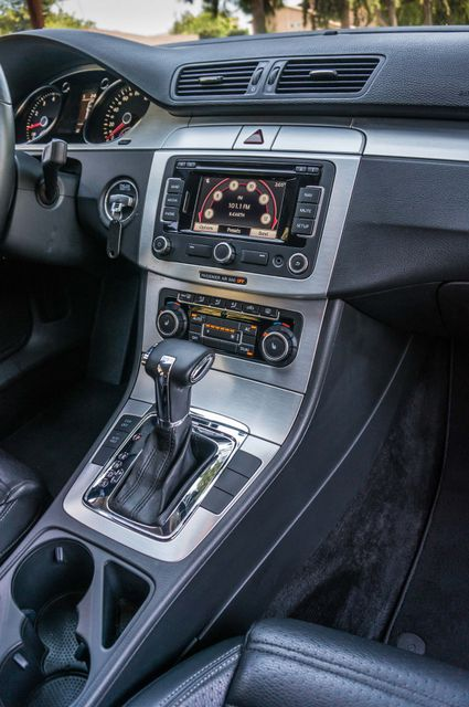 2011 Volkswagen CC Lux - 110K MILES - NAVI - LEATHER Reseda, CA 20