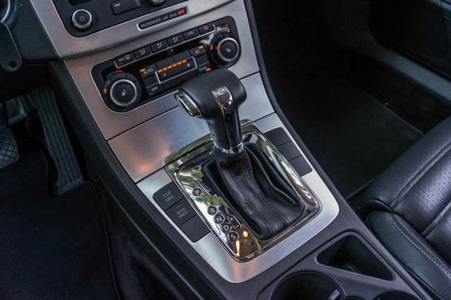 2011 Volkswagen CC Lux - 110K MILES - NAVI - LEATHER Reseda, CA 25