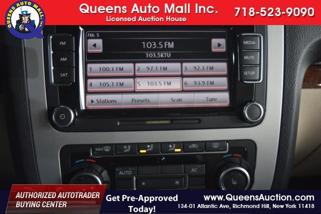 2011 Volkswagen Eos Lux Richmond Hill, New York 11