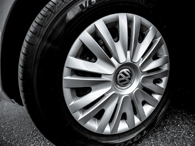 2011 Volkswagen Golf PZEV Burbank, CA 19