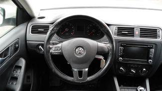 2011 Volkswagen Jetta SE w/Convenience Sunroof PZEV East Haven, CT 11