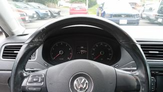 2011 Volkswagen Jetta SE w/Convenience Sunroof PZEV East Haven, CT 12