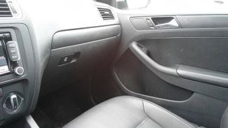 2011 Volkswagen Jetta SE w/Convenience Sunroof PZEV East Haven, CT 17