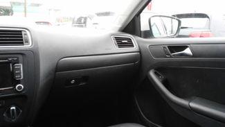 2011 Volkswagen Jetta SE w/Convenience Sunroof PZEV East Haven, CT 9