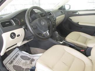 2011 Volkswagen Jetta SE w/Convenience Sunroof PZEV Gardena, California 4
