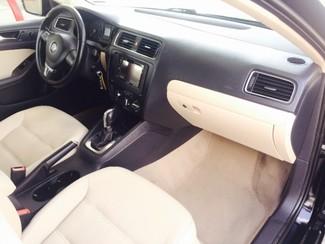 2011 Volkswagen Jetta SE w/Convenience & Sunroof PZEV LINDON, UT 14