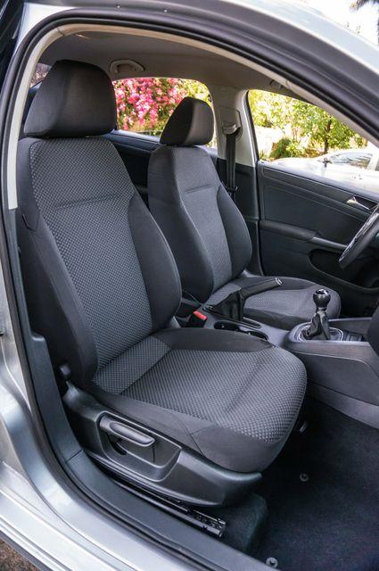 2011 Volkswagen Jetta S -87K MILES - AUTO - CD PLAYER - MANUAL Reseda, CA 26