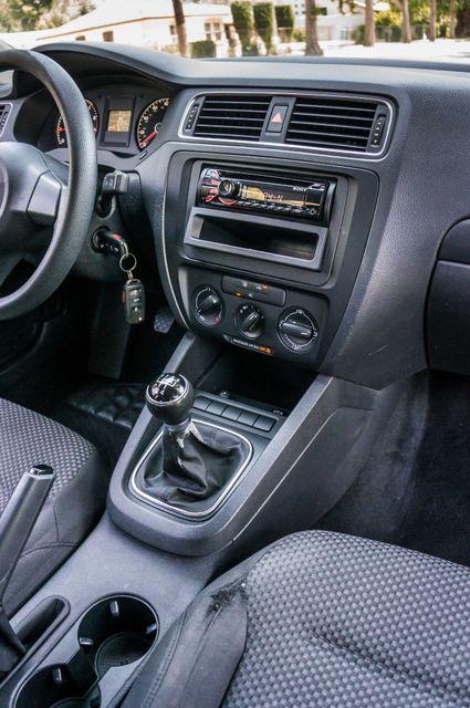2011 Volkswagen Jetta S -87K MILES - AUTO - CD PLAYER - MANUAL Reseda, CA 19