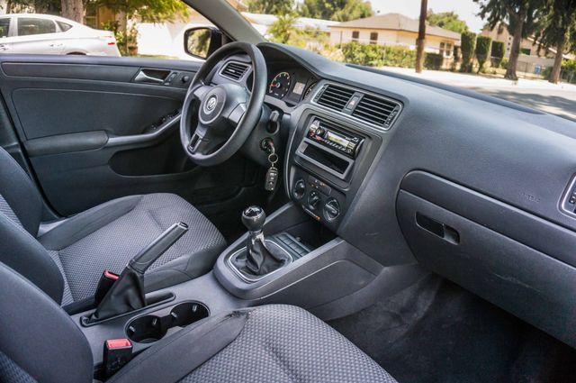 2011 Volkswagen Jetta S -87K MILES - AUTO - CD PLAYER - MANUAL Reseda, CA 28
