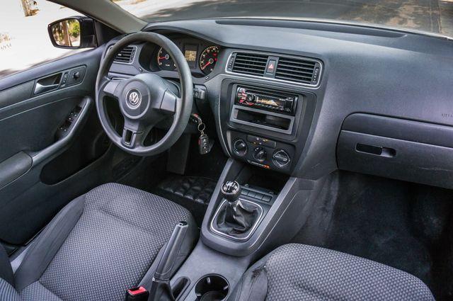2011 Volkswagen Jetta S -87K MILES - AUTO - CD PLAYER - MANUAL Reseda, CA 29