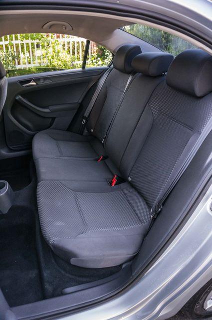 2011 Volkswagen Jetta S -87K MILES - AUTO - CD PLAYER - MANUAL Reseda, CA 25