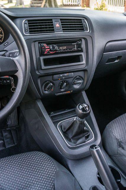 2011 Volkswagen Jetta S -87K MILES - AUTO - CD PLAYER - MANUAL Reseda, CA 21