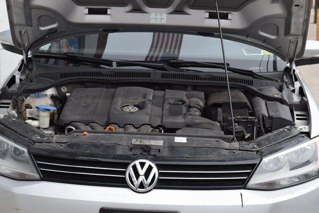2011 Volkswagen Jetta SEL w/Sunroof Richmond Hill, New York 10