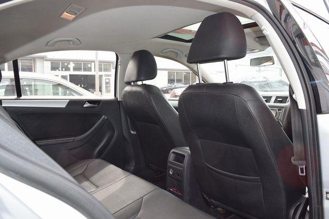 2011 Volkswagen Jetta SEL w/Sunroof Richmond Hill, New York 14