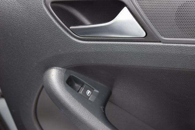 2011 Volkswagen Jetta SEL w/Sunroof Richmond Hill, New York 16