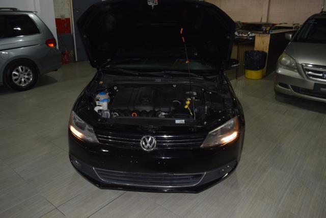 2011 Volkswagen Jetta SEL w/Sport Pkg PZEV Richmond Hill, New York 3