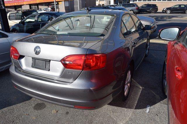 2011 Volkswagen Jetta SE w/Convenience & Sunroof PZEV Richmond Hill, New York 10