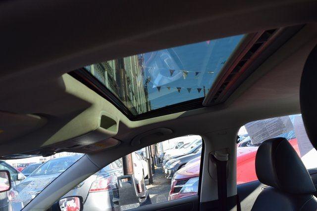 2011 Volkswagen Jetta SE w/Convenience & Sunroof PZEV Richmond Hill, New York 7