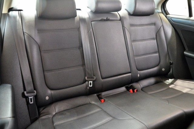 2011 Volkswagen Jetta SE w/Convenience & Sunroof San Antonio , Texas 15