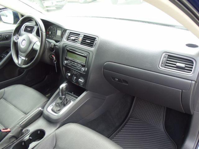 2011 Volkswagen Jetta SE w/Convenience San Antonio , Texas 21