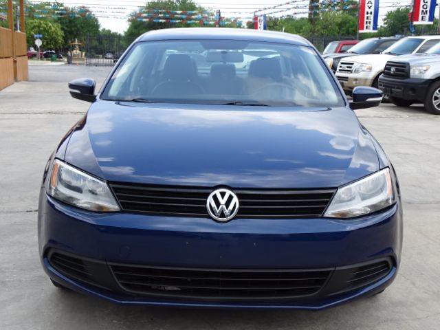 2011 Volkswagen Jetta SE w/Convenience San Antonio , Texas 4