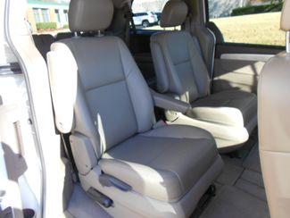 2011 Volkswagen Routan SE w/RSE & Navigation Memphis, Tennessee 20