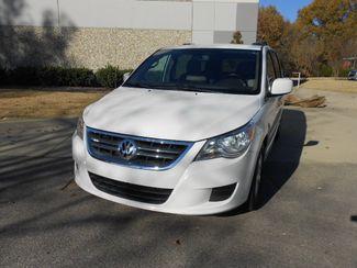 2011 Volkswagen Routan SE w/RSE & Navigation Memphis, Tennessee 28