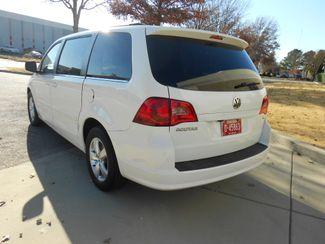 2011 Volkswagen Routan SE w/RSE & Navigation Memphis, Tennessee 34