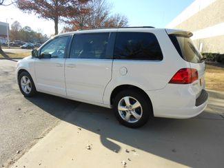 2011 Volkswagen Routan SE w/RSE & Navigation Memphis, Tennessee 3