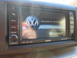 2011 Volkswagen Routan SE w/RSE & Navigation Memphis, Tennessee 23