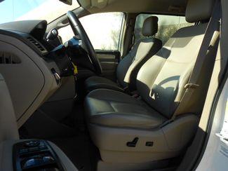 2011 Volkswagen Routan SE w/RSE & Navigation Memphis, Tennessee 4