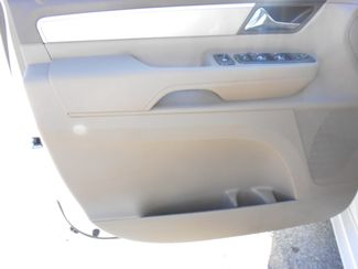 2011 Volkswagen Routan SE w/RSE & Navigation Memphis, Tennessee 14