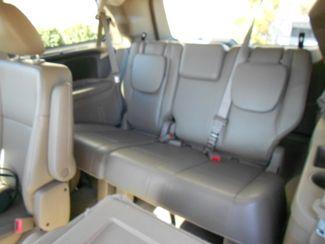 2011 Volkswagen Routan SE w/RSE & Navigation Memphis, Tennessee 7