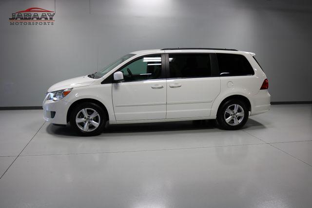 2011 Volkswagen Routan SE Merrillville, Indiana 36