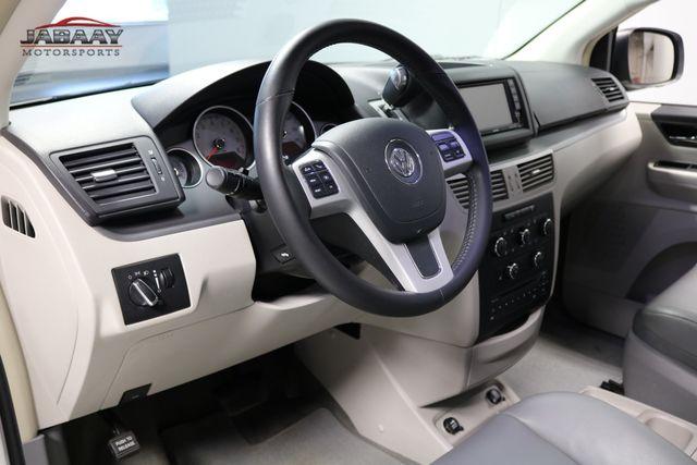 2011 Volkswagen Routan SE Merrillville, Indiana 9