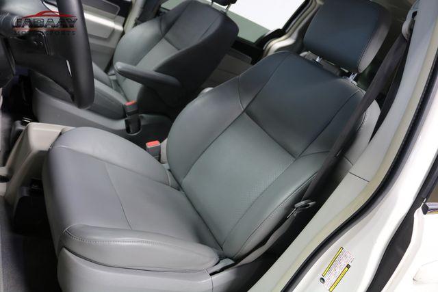 2011 Volkswagen Routan SE Merrillville, Indiana 11