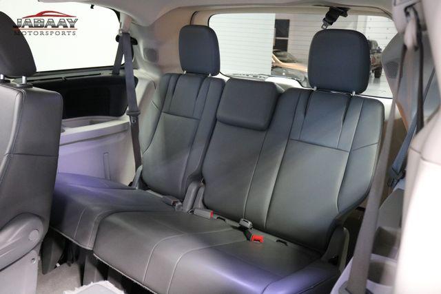 2011 Volkswagen Routan SE Merrillville, Indiana 15