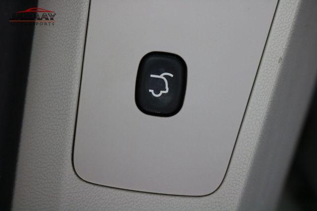 2011 Volkswagen Routan SE Merrillville, Indiana 27