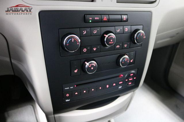 2011 Volkswagen Routan SE Merrillville, Indiana 25