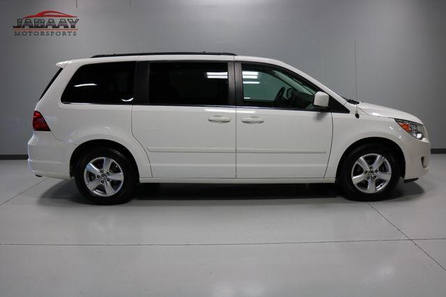 2011 Volkswagen Routan SE Merrillville, Indiana 5