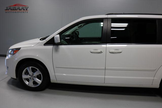 2011 Volkswagen Routan SE Merrillville, Indiana 33